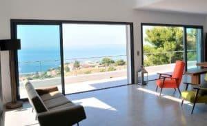 Nos conseils pour choisir une baie vitr e alu - Remplacer porte de garage par baie vitree ...
