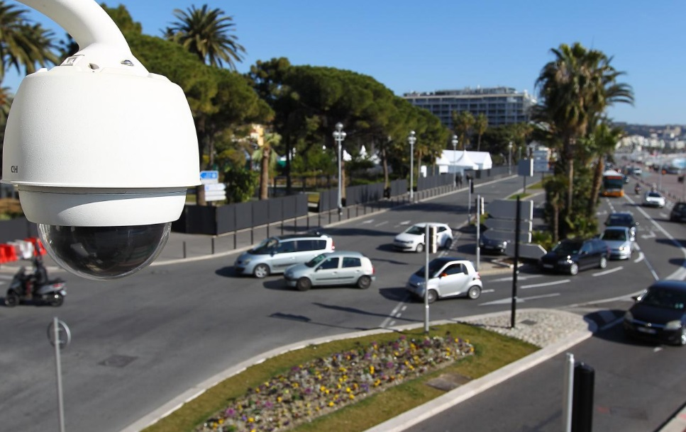 Caméra de surveillance à Nice