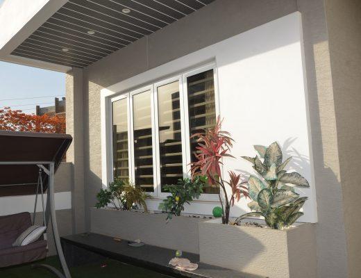 Fenêtre en alu dans la rénovation de maison