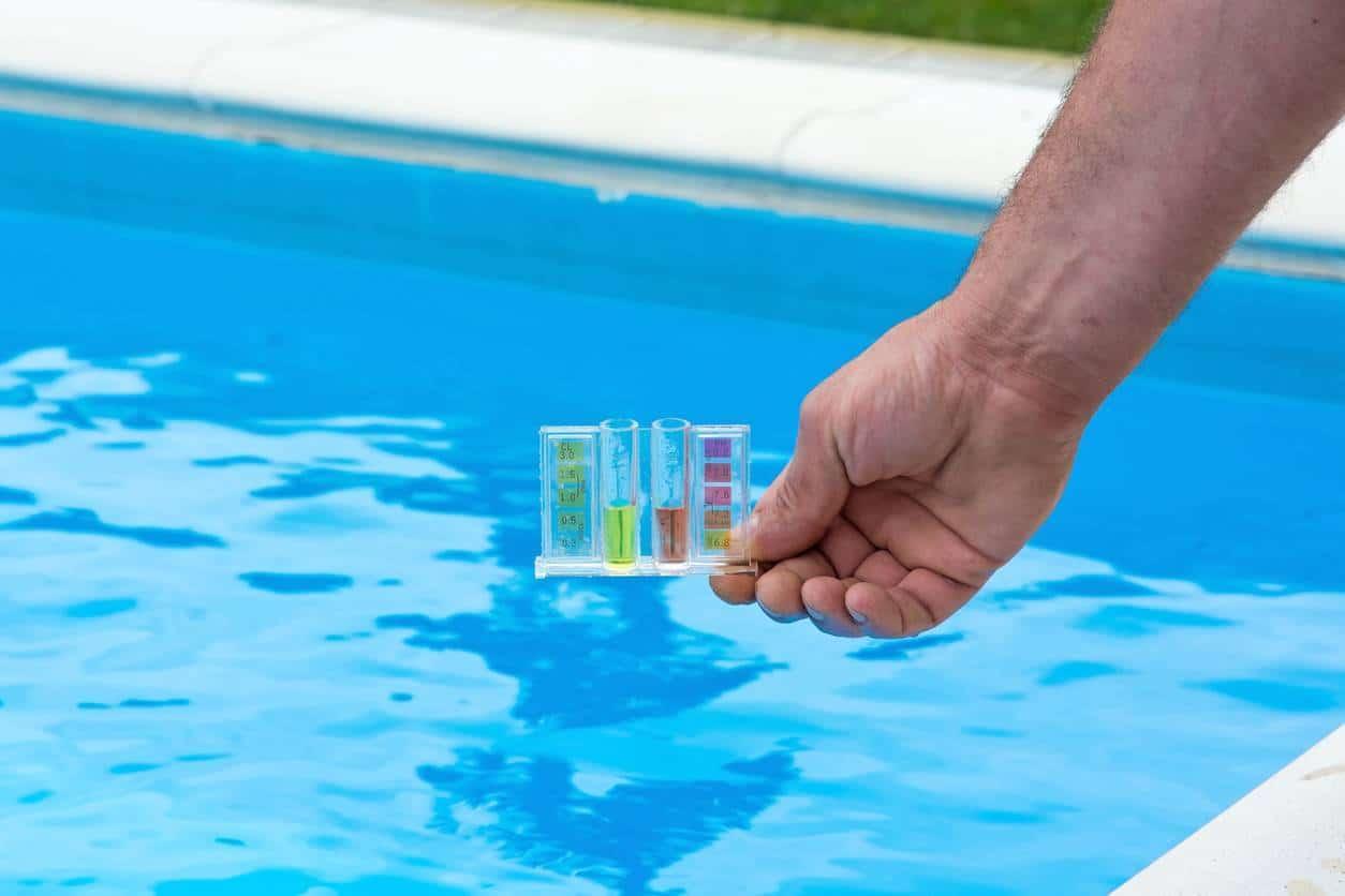 tester ph piscine ; testeur piscine