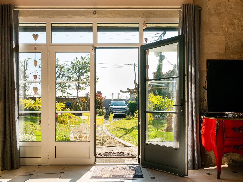Porte-fenêtre aluminium bicouleur