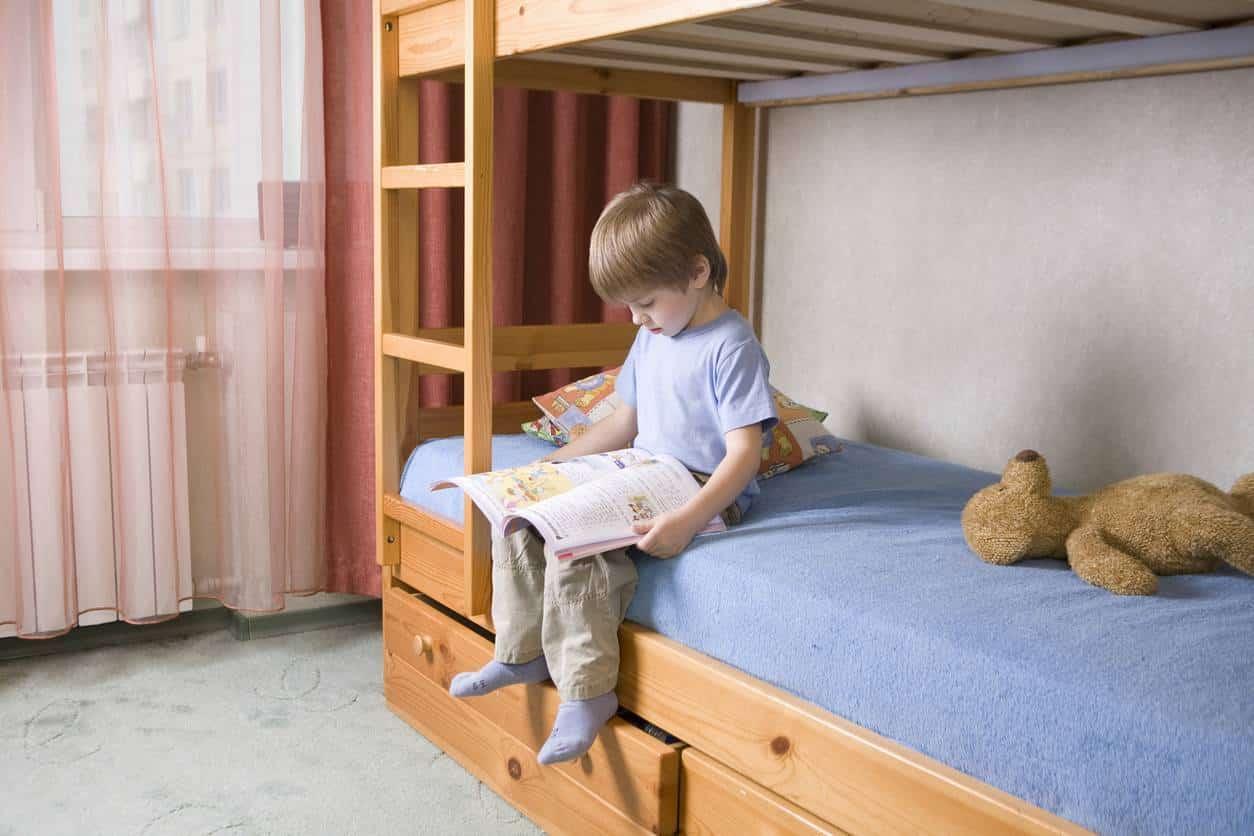 lit superposé chambre enfant